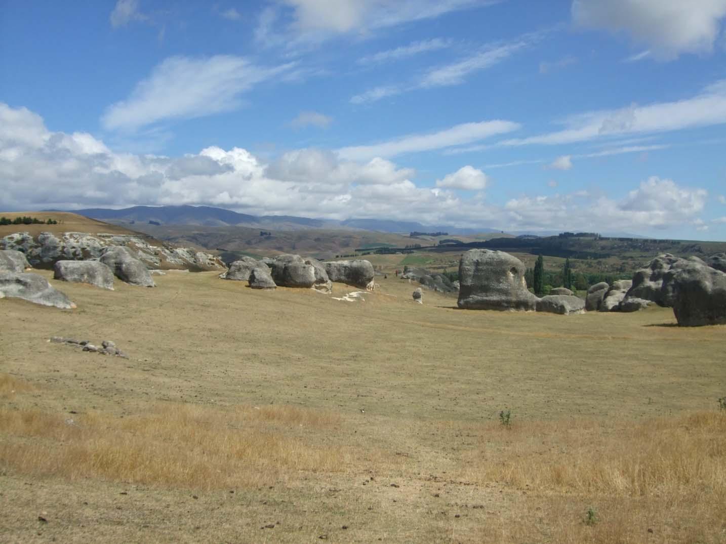 Approaching the Elephant Rocks, Otago