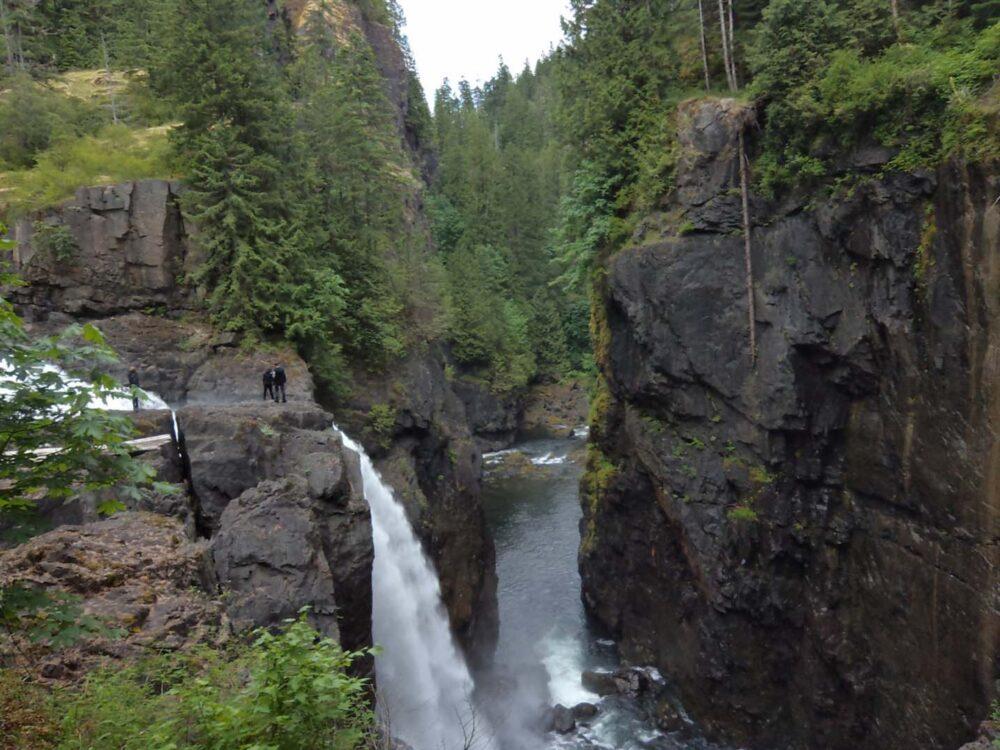 Free activities on Vancouver Island - Elk Falls