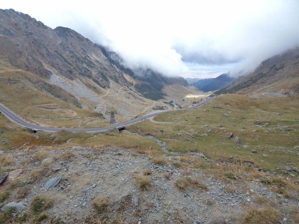 the-way-down-transfagarasan road romania