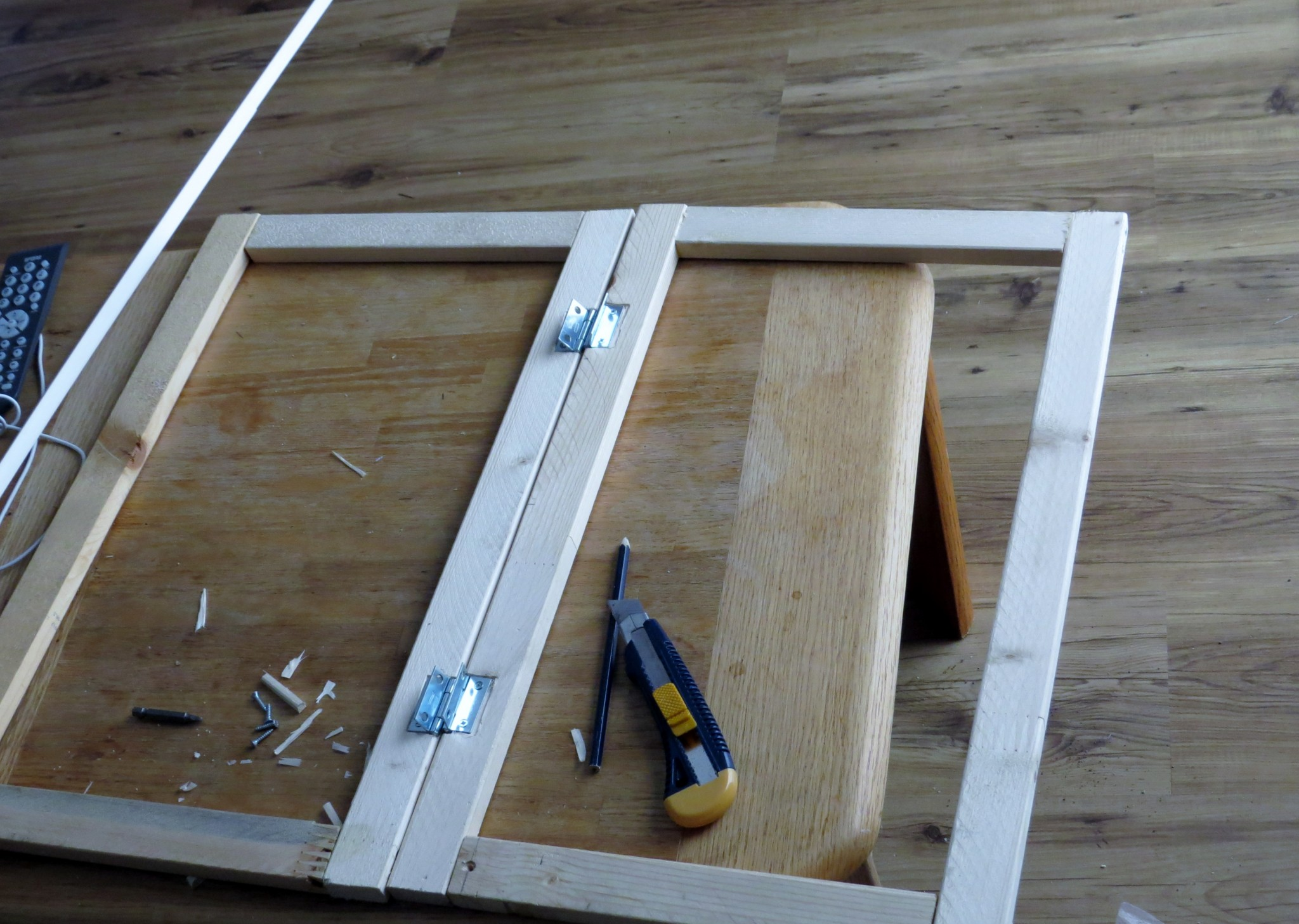 Astro van conversion cabinet door construction