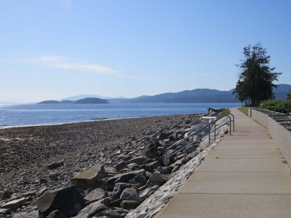 View of ocean and islands from Sechelt Beach walkway