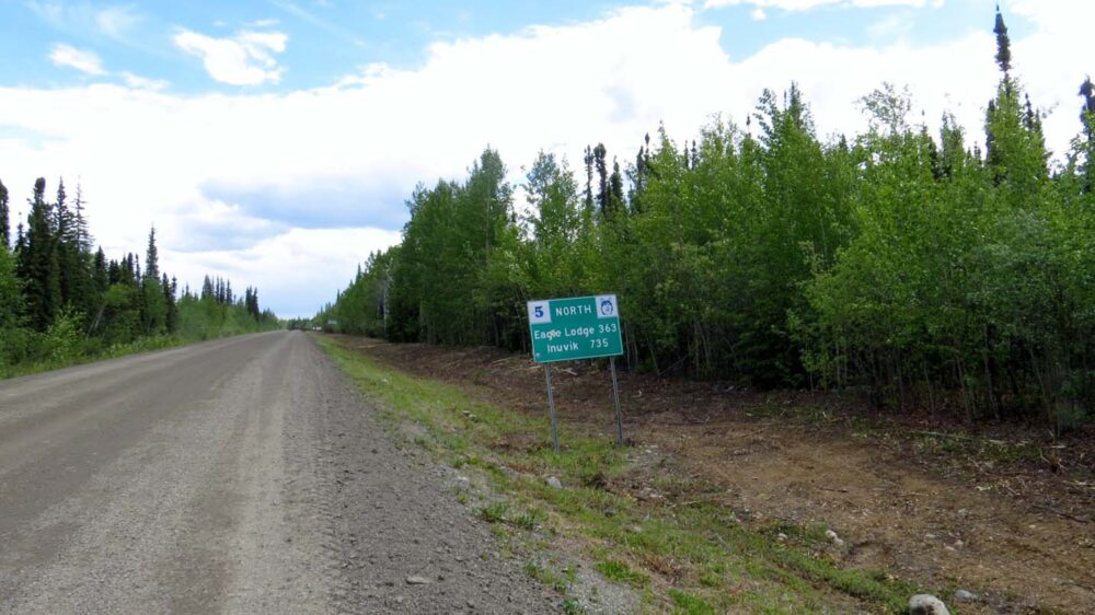 Heading north on the Dempster Highway