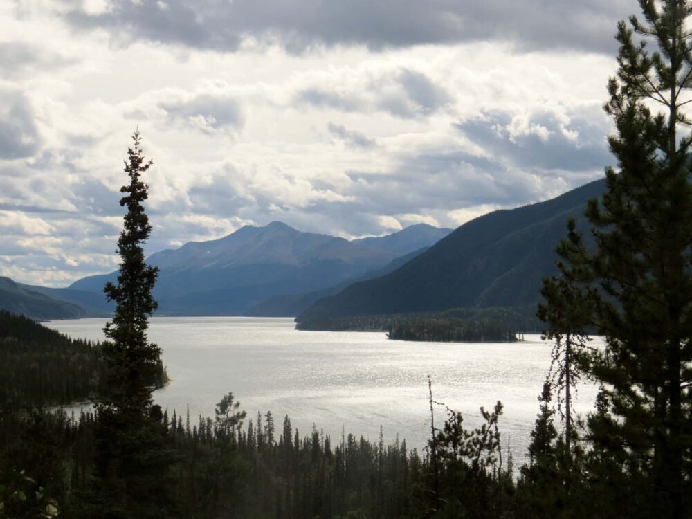 Lake and mountain views from the Alaska Highway