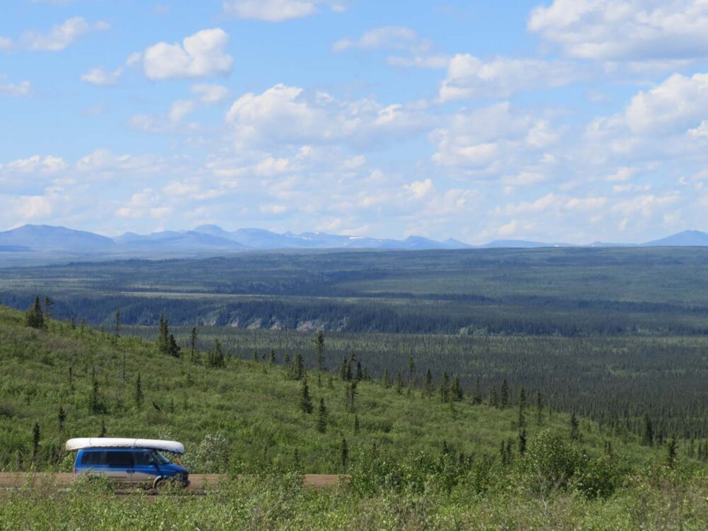 Views of the Dempster Highway above the Arctic Circle