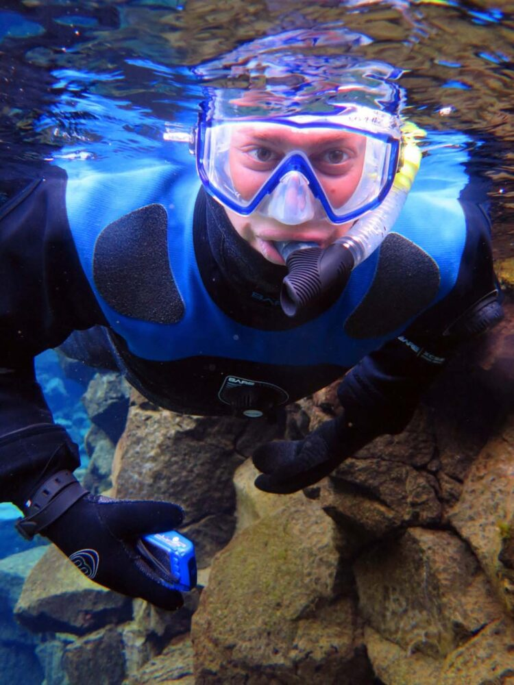 JR with mask and drysuit, snorkelling underwater