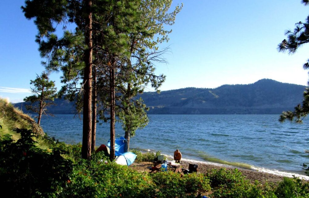 okanagan lake paddling van hyce beach