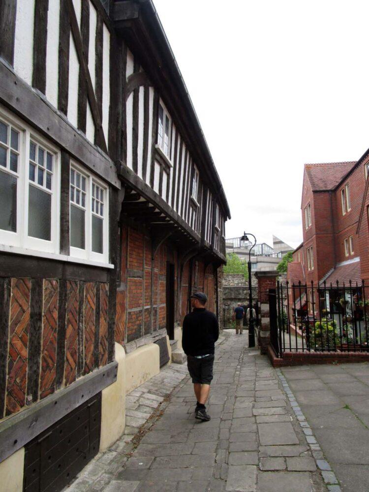 tudor house southampton jr