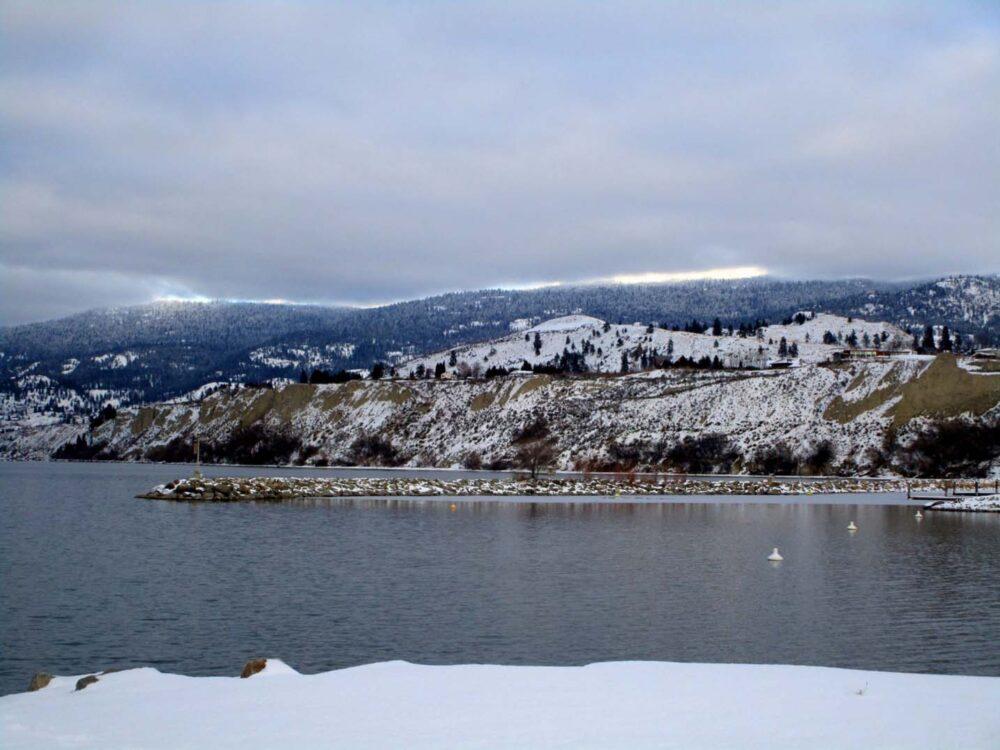 Penticton Okanagan Lake Winter 2015-16