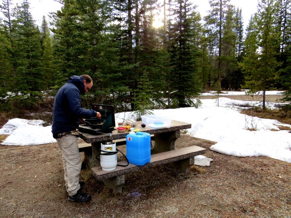 lake louise cooking minus temperatures