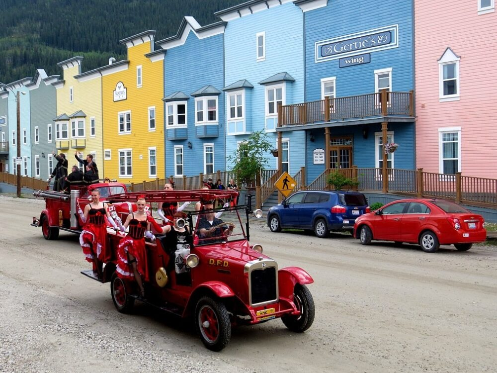 canada day celebrations with old cars in dawson city