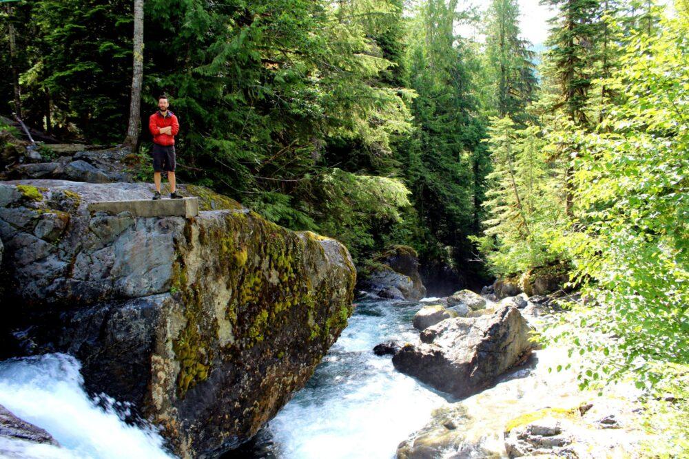 Della Falls hike - Cable car rapids
