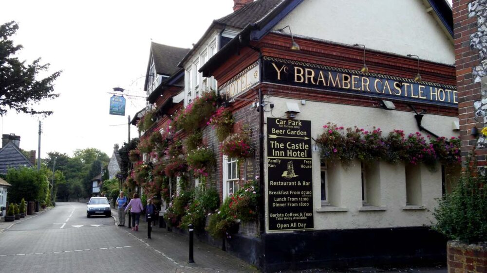 Walking the South Downs Way - Bramber Castle Hotel