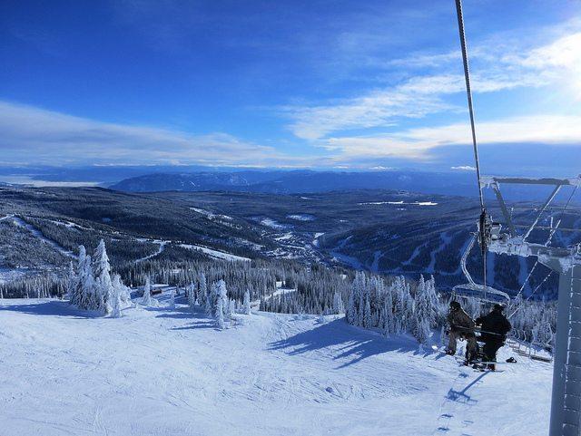 sun-peaks-chairlift-village-view-ski-resort