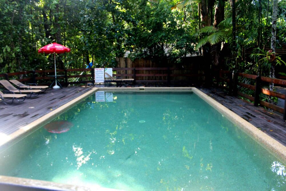 cape trib beach house swimming pool