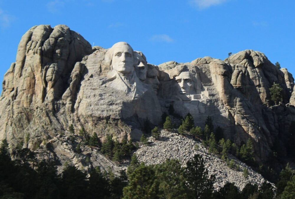 The carved rocks of Mount Rushmore in South Dakota, Usa