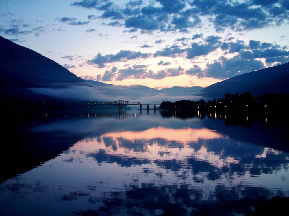 Top 5 Underrated BC Towns for Outdoor Adventure-nelson-bc-sunset