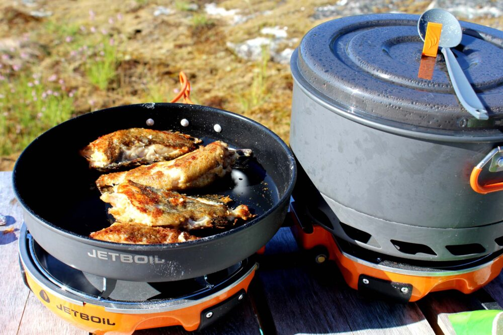 Cooking fish with Jet boil Genesis