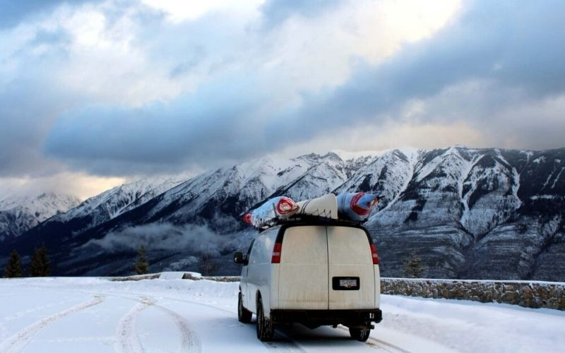 Essential Travel Tips for a Winter Road Trip in Canada