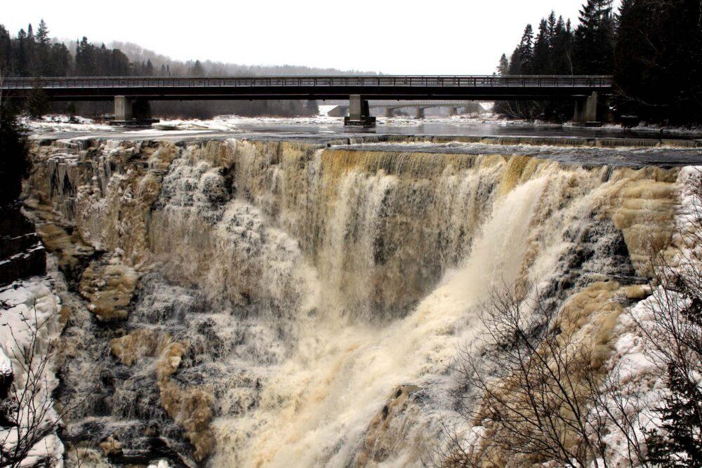 Kakabeka Falls, Ontario - Winter road trip across Canada