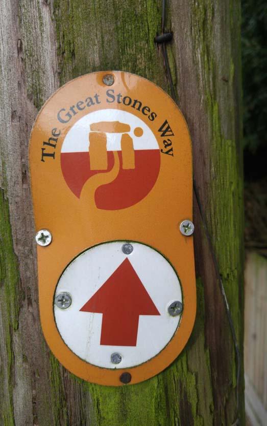 Walking the Great Stones Way long distance trail - Great Stones Way waymarking