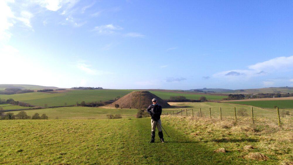 Great Stones Way long distance walking path - Silbury Hill