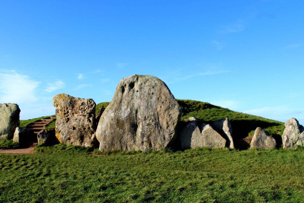 Great Stones Way long distance walking path - West Kennet Long Barrow