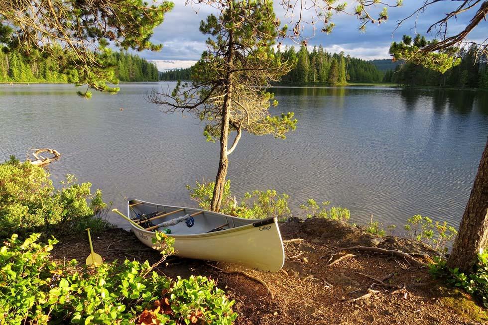 Camping on an island, Sayward Canoe Circuit