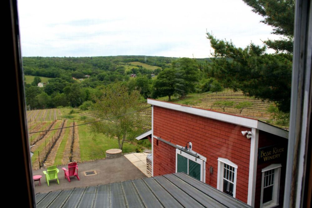 bear river winery annapolis valley accommodation views