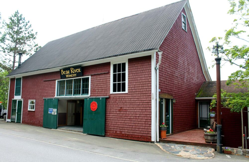 bear river vineyards barn nova scotia wineries