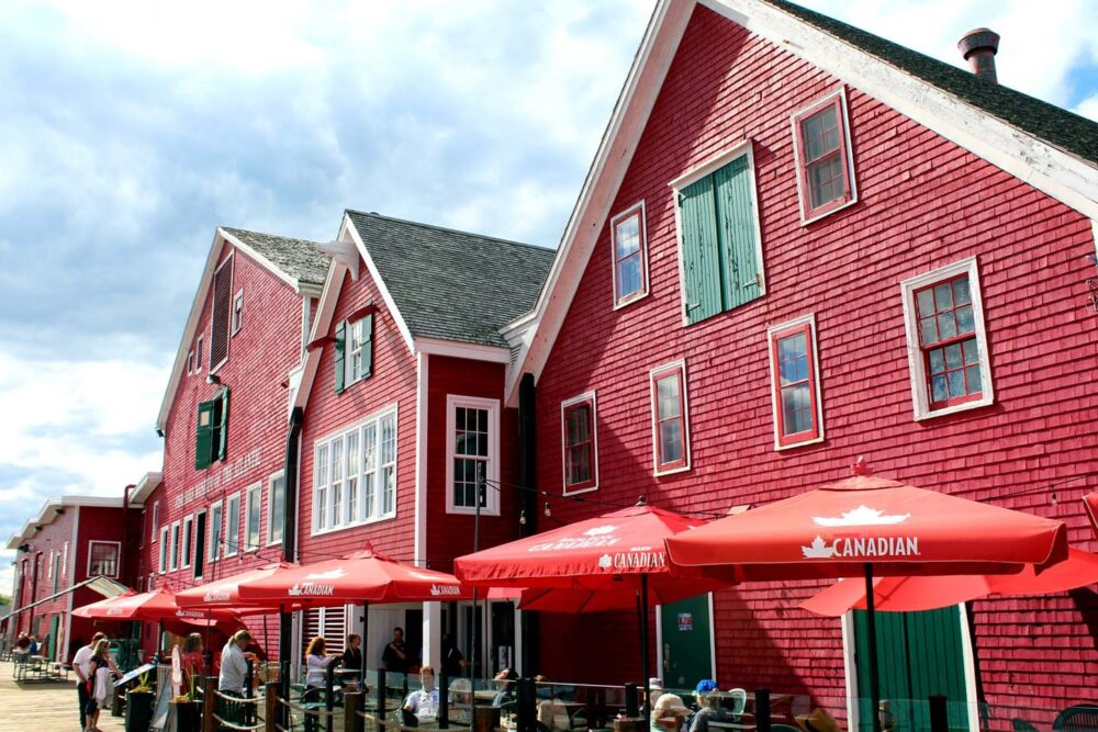 Lunenburg maritime museum - an ideal day trip from Halifax