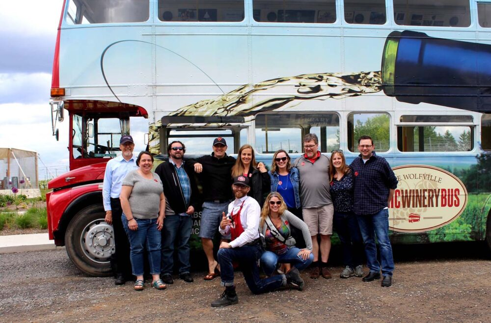 pei crew magic wine bus tour wolfville