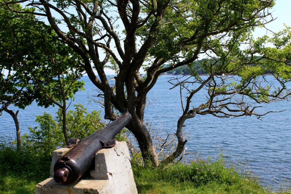 cannon point pleasant park halifax nova scotia