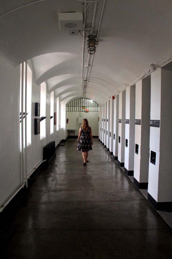 hi jail hostel hallway ottawa