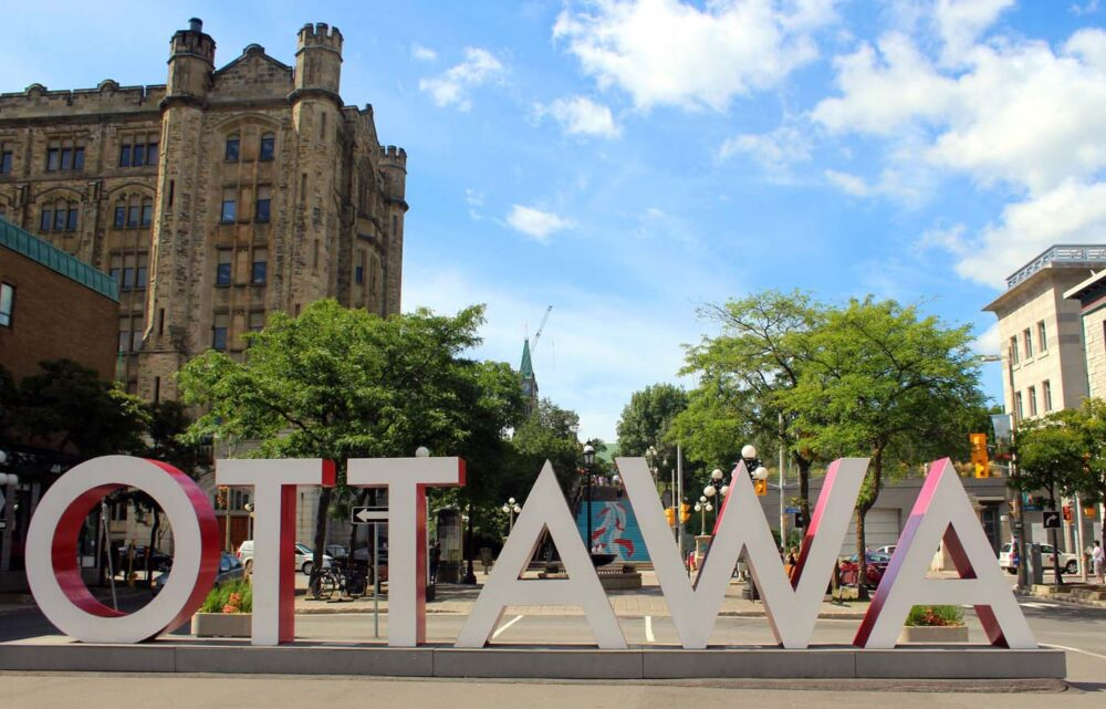 ottawa byward market sign
