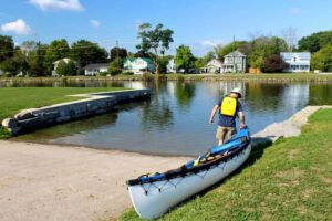 launching in campbellford trent severn canoe paddle