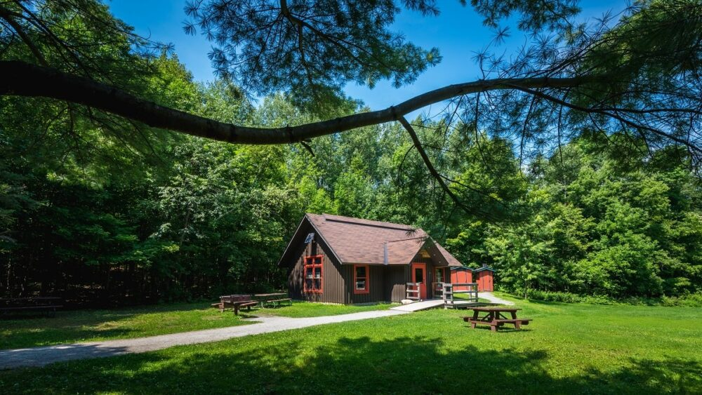 Gatineau Park cabin for camping