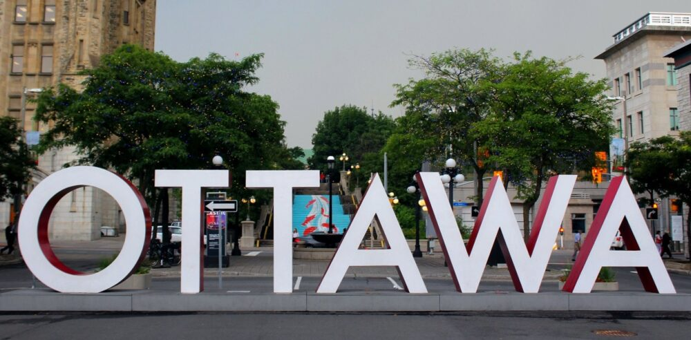 ottawa city sign ontario