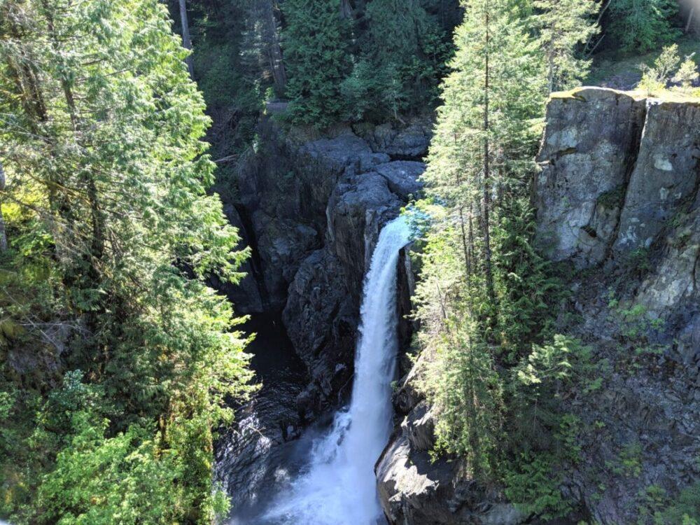 Powerful Elk Falls drops into a canyon