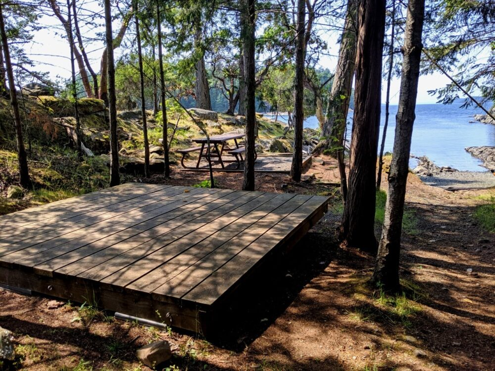 A wooden tent platform at Chivers Point campground