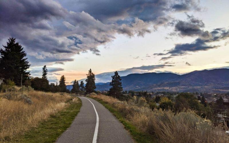 16 Fast and Fun Hikes in Penticton, British Columbia