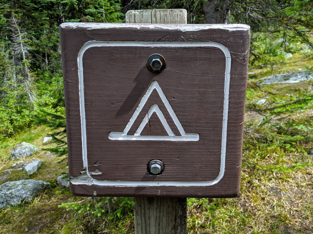 Wooden campsite sign